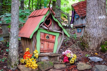 Georgia's Secret Fairy Garden - Roadtrippers Magazine